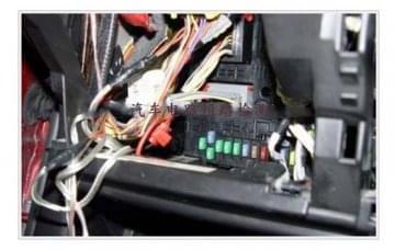 汽车电路检测教学设备:汽车电路短路检测方法